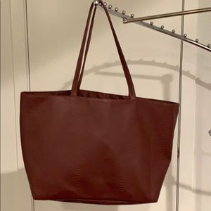 Bloomingdales Textured Tote